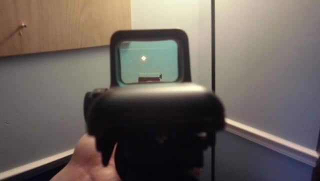 A picture of the Sightmark Ultra Shot's Glass Window