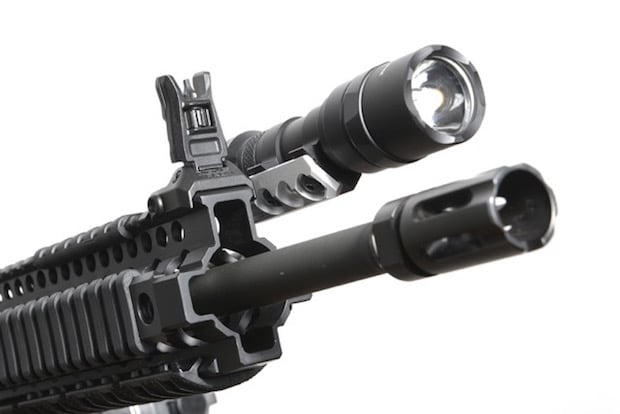 image of the best tactical ar 15 flashlight and mount combo for the money