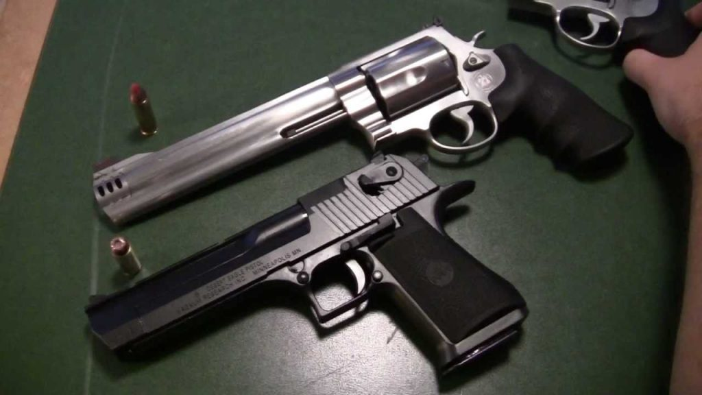 image of S&W 460 and Desert Eagle to compare