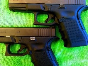 A picture of Glock Gen 4 with Backstraps