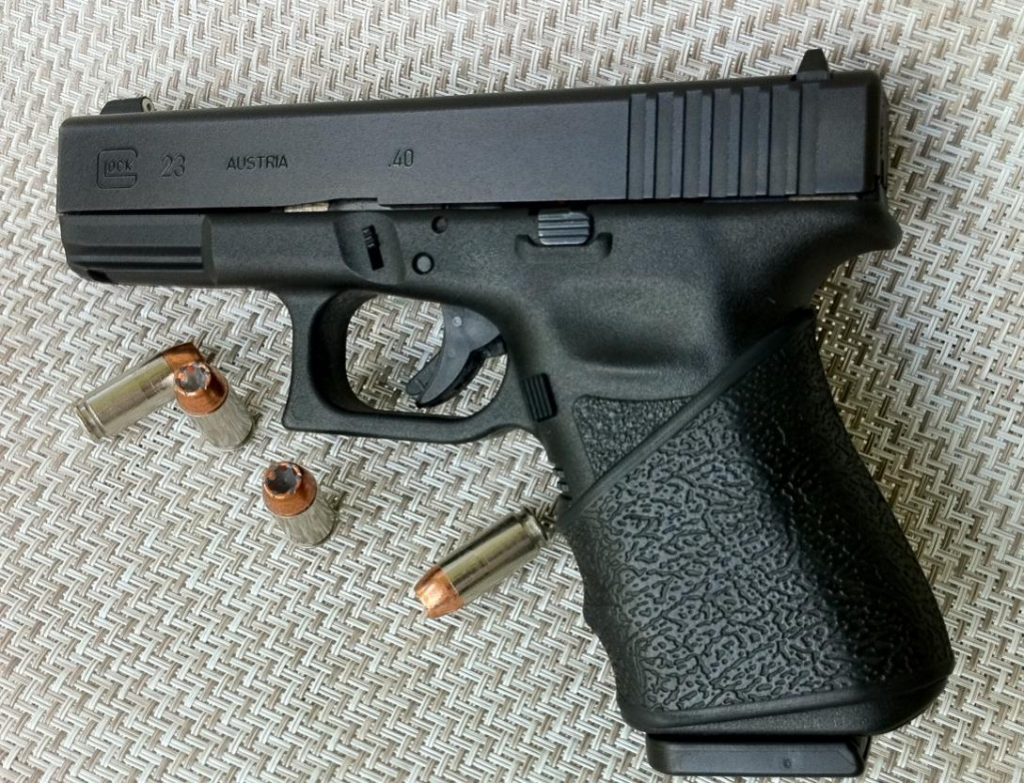 A picture of a Glock handgun chambered in 40 S&W